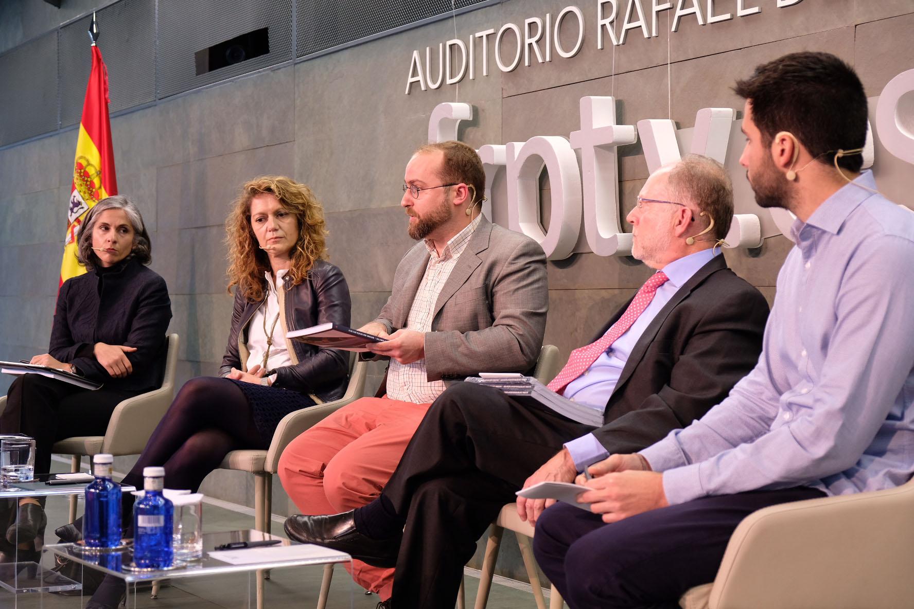 Crece la actividad emprendedora en España y disminuye la brecha de género